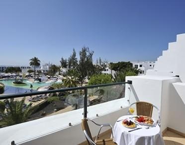 Hotel bluebay lanzarote teguise lanzarote for Oficina turismo lanzarote