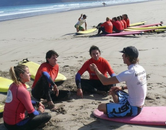 Calima Surf School